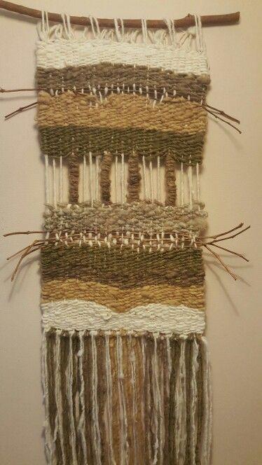 Telar Decorativo con lanas orgánicas colores Tierra. Telares y Tapices.