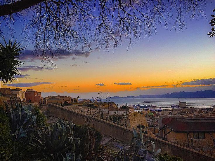 #Cagliari #castello #buoncammino #sunset #tramonto #picoftheday #photooftheday #sardinia #sardegnaofficial #InstaSardegna #InstaSardinia #Igc_landscape #archinSardinia #loves_Cagliari #Sardinialandscape #populartagsapp #loves_sardegna #worlderlust #igerscagliari #ig_cagliari #igcagliari #igers #IGfriends_Sardegna - via http://ift.tt/1zN1qff