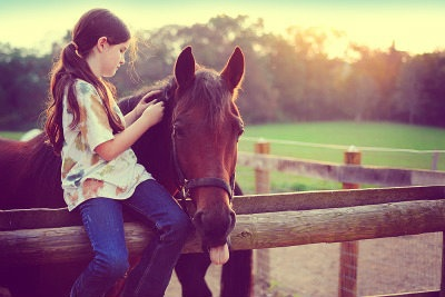 horse,baby,girl,nature,beautiful,cute,tramonto,love,sweet,cavallo,marrone