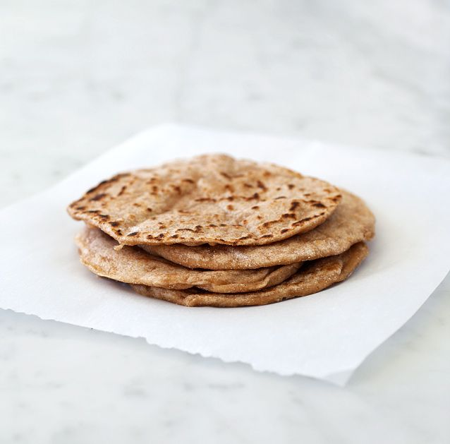 Spelt and yogurt flatbread. Clicky-click that image... the edges are positively glistening with buttah.
