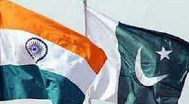 Islamabad: The telephonic conversation between the DGMOs of India and Pakistan on Monday, about increasing tensions on the LoC, did not include any threat from either side, official sources told. According to the Pakistani newspaper Dawn reported that in his unscheduled hotline conversation with...