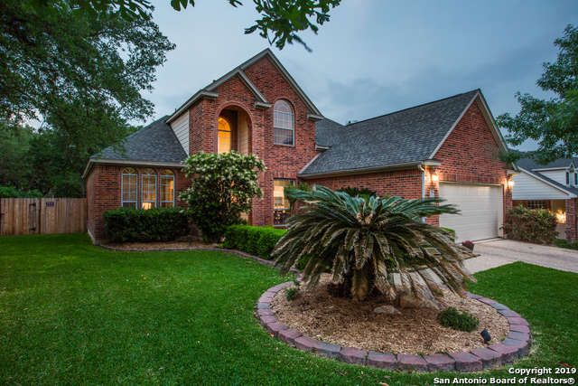 Single Family Detached San Antonio Tx This Meticulously Maintained 5 Bedroom 3 Bath Home Is Located In The Highly With Images Vacation Property Sale House Land For Sale