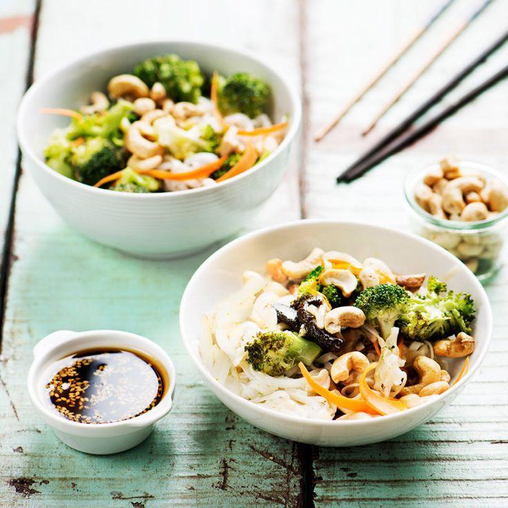 Nudlar med shiitake och broccoli