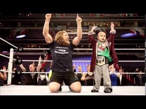 De kracht van een jongetje! WWE Tribute To Connor Michalek