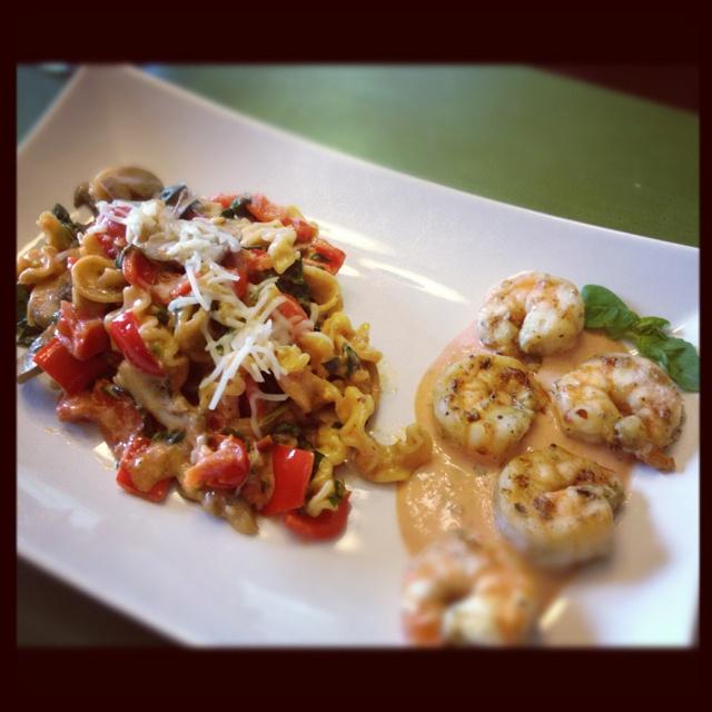 Shrimp & Tomato Basil Pasta: Marinate shrimp w/ organic green garlic ...