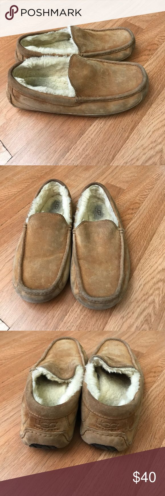Ugg men's slippers size 9 In good condition very comfortable UGG Shoes