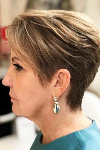 Genial 44 Stilvolle Kurze Frisuren Für Frauen über 50 Sieh Es Jetzt! #frauen # Frisuren