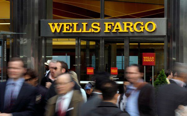 """""""While the consensus estimate clearly needs to come down, we believe the stock is already pricing in one last round of EPS reductions,"""" writes Wells Fargo's Jason Maynard,   Read more at: http://binaryoptionevolution.com/2015/04/06/wells-fargo-upgrades-microsoftsees-bad-news-priced/"""