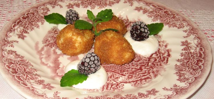 cottage cheese dumplings with cream