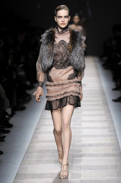 Valentino at Paris Fashion Week Fall 2010 - Runway Photos