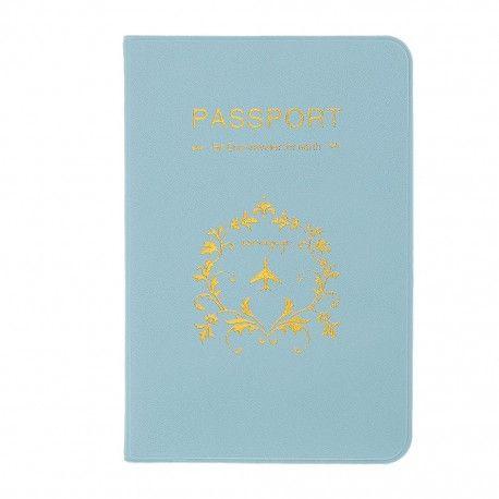 Voyagez en toute tranquillité avec ce protège passeport plein de douceur. Imperméable et coloré, il sera facilement identifiable dans votre sac à main. En plus de votre passeport, rangez-y tout les  documents nécessaires à votre voyage grâce à ses 4 pochettes supplémentaires, carte bancaire, pièce d'identité, carte d'embarquement, plus besoin de chercher, tout sera à porter de main.
