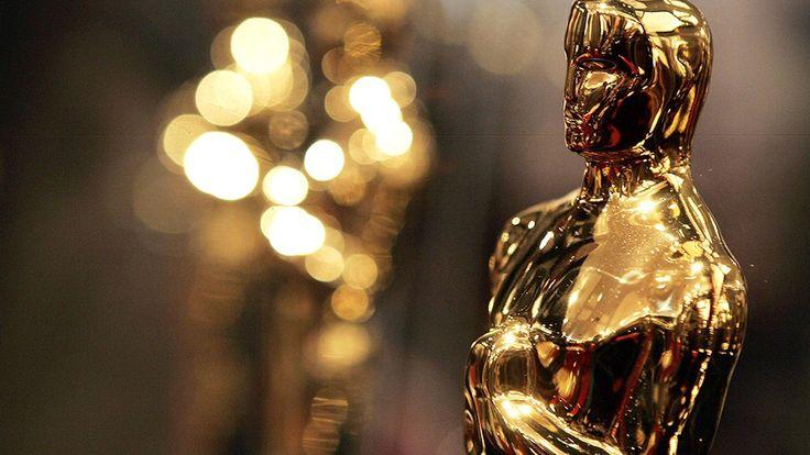 La ceremonia de los Premios Oscar 2016 se llevó a cabo en el Teatro Dolby, en Hollywood, Los Ángeles. Se trató de la octogésima octava entrega de los premi...