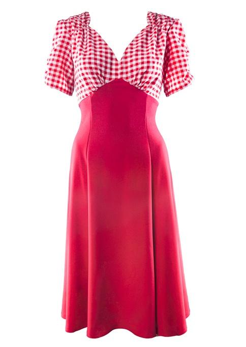 1940s style tea dress. A twist on the classic sweetheart style, 7 gore skirt. http://www.20thcenturyfoxy.com/en/1940s-fashion/40s-tea-dress-red-gingham
