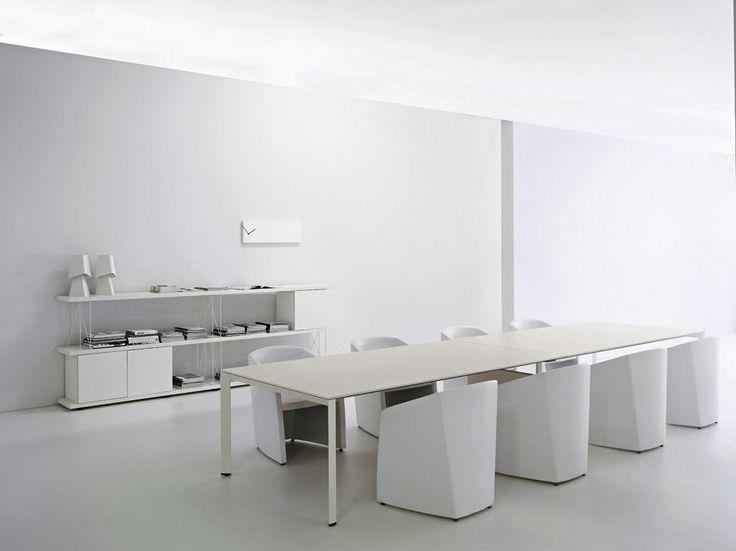 La firma Sinetica abrió sus puertas en  1995 y desde entonces, se ha dedicado a crear espacios de trabajo estimulantes, acogedores y funcionales. #Sinetica #Diamond #Office #Reuniones #Atelier #Casa #Bogotá #Caracas