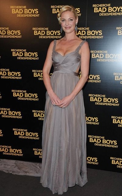 Katherine Heigl wearing a Maria Lucia Hohan gown to the Paris premiere of 'One For The Money'