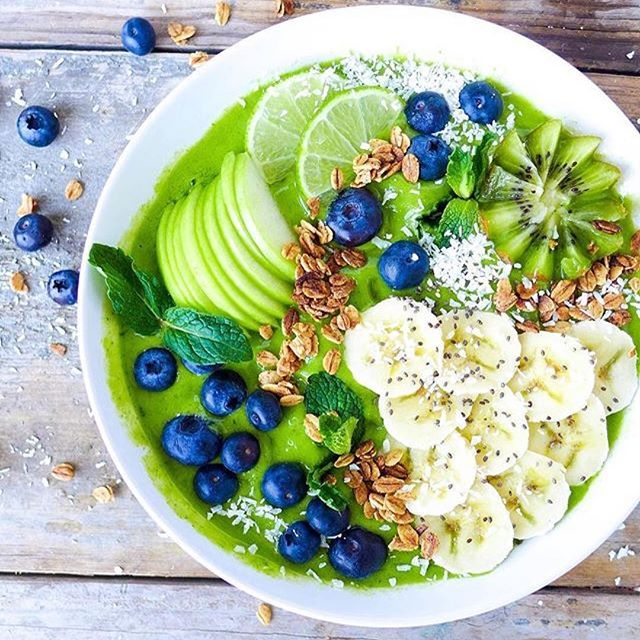 Include more greens in your smoothie bowl and get more nutrition. Check out @projectsunny for more healthh recipes! 🥑🥑🥑🥑🥑🥑🥑🥑🥑🥑🥑 #healthy #healthyeating #healthylifestyle #hydrated #strength #strong #supplements #membersonlysupplement #vitamins #protein #greens #smoothie #cleanfood #healthysnak #gym #gymtime #FitFam #Fitspo #vegetables #Wheyprotein #Wednesday