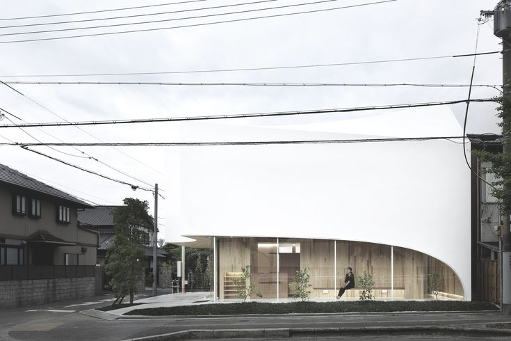 Built by Kohki Hiranuma Architect & Associates in Minoo, Japan with date 2014. Images by Satoshi Shigeta. The location became a Housing Expo at around 90 years ago as its quiet ambience remains from the inherited residentia...