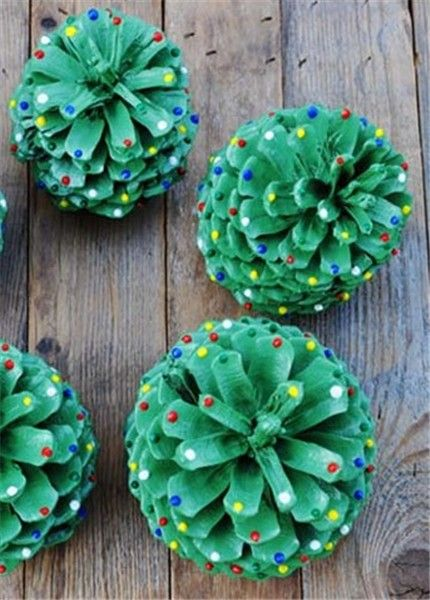 2013 Christmas Green Pinecone Crafts Idea Pine Cone Ornaments