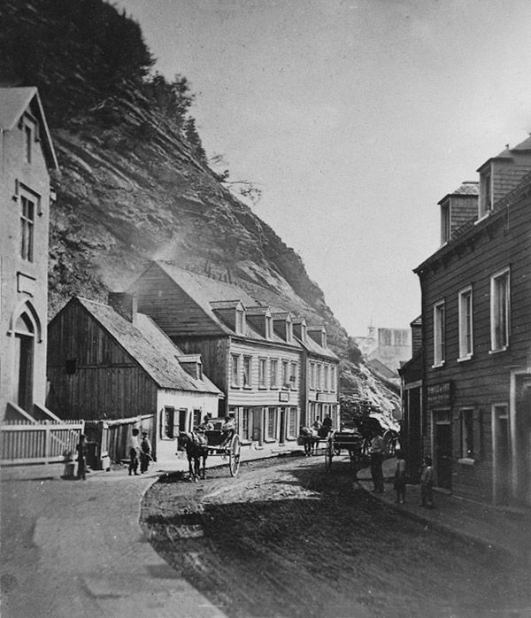 1865 - La rue Champlain, en bas de la Citadelle.