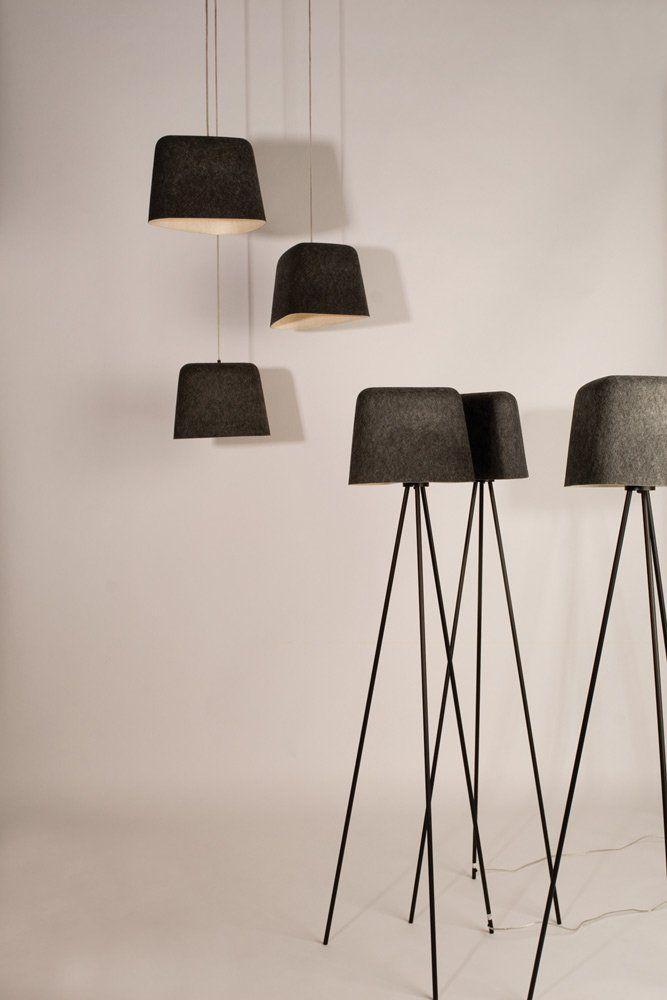 Felt Shade taklampa från Tom Dixon ger värme till alla miljöer, både när det gäller ljus och textur. Felt Shade är tillverkad av hållbar värmepressad filt i två lager och är en kontrast till överflödet av dagens metall- och plastlampor. Finns även som golvlampa.