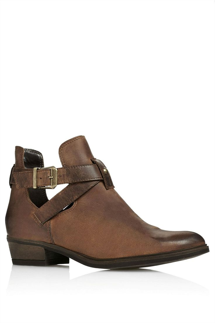 Flat Boots for Women