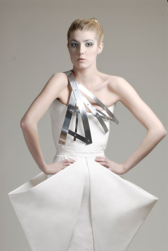 Sculptural Fashion - white origami dress with geometric ...