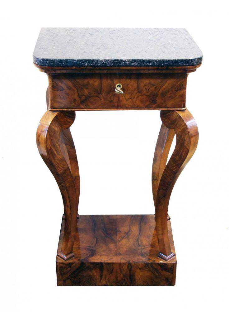 kleiner konsolentisch nussbaum biedermeier antiquit ten antik m bel biedermeier. Black Bedroom Furniture Sets. Home Design Ideas