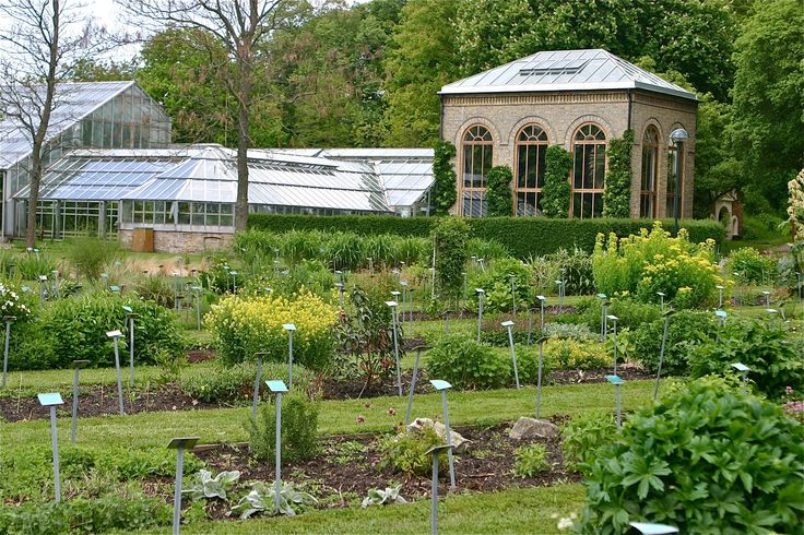 22 best Greenhouses and tropical gardens around the world images on ...