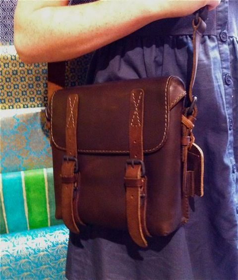 The perfect size bag, note the cool rain flaps. Its all in the details isn't it?