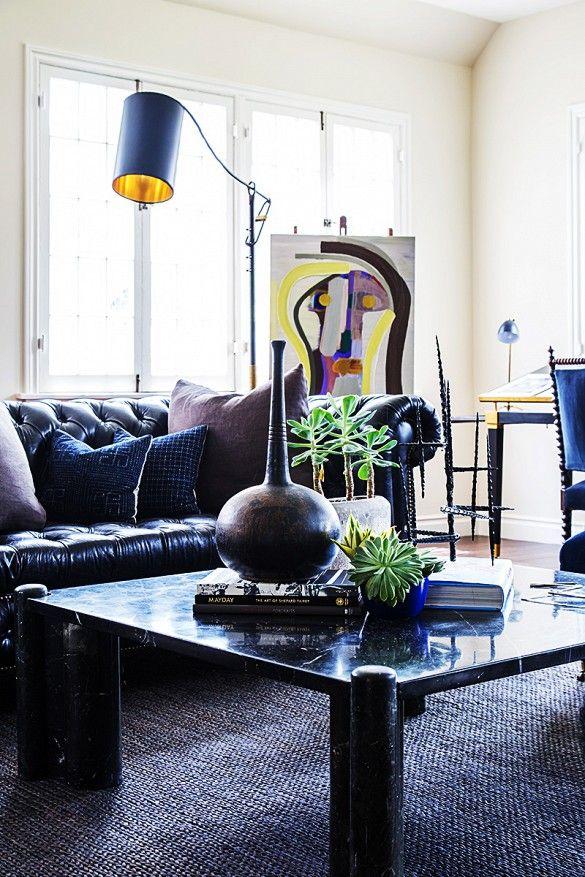 Best 25 masculine living rooms ideas on pinterest grey for Klassiek modern interieur