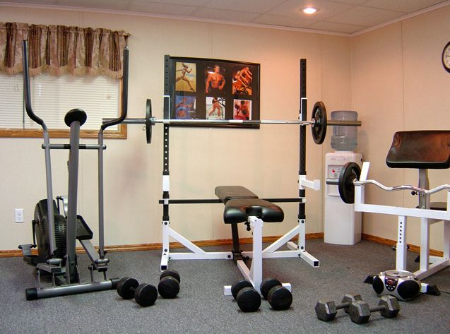 Home Gym Idea I Like The Simplicity Would Have A Treadmill - Small home gym equipment