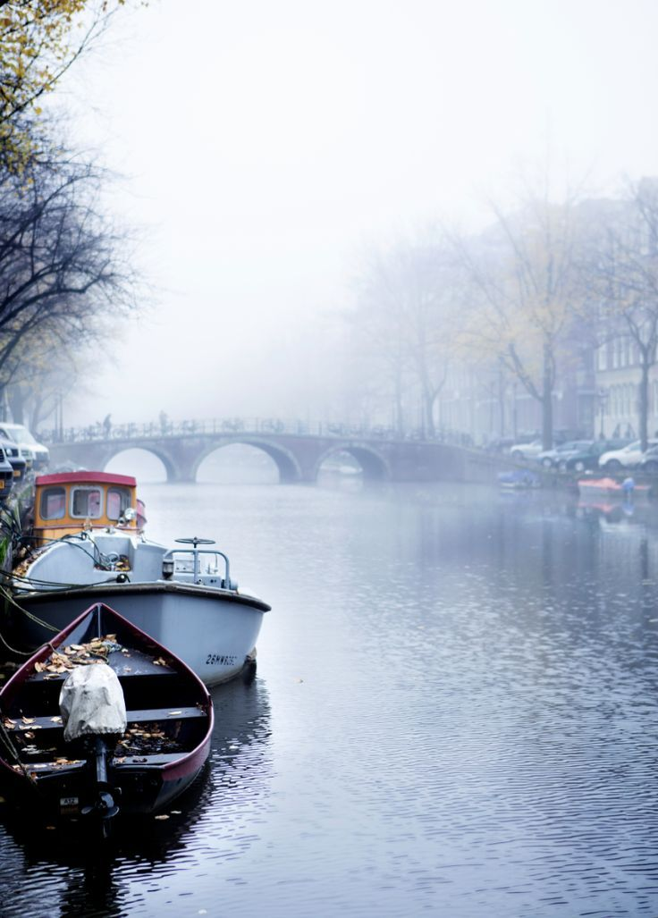 Amsterdam ~so winter wonderland this time of year, off my list. My wonderful husband walked the snowy streets with me hand in hand * temperature 21 degrees. i know he loves me:)