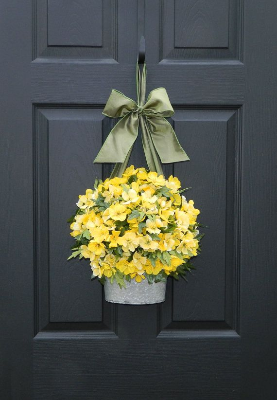 Door Wreath - Spring Wreath - Yellow Wreath - Flower Pail  I love yellow flowers on my front door for spring and summer