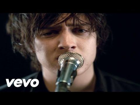 The Strokes' official music video for 'Reptilia'. Click to listen to The Strokes on Spotify: http://smarturl.it/StrokesRepSpot?IQid=Reptilia As featured on R...