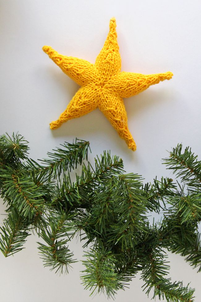 Knitting Pattern Christmas Star : 493 best needles, hooks, & yarn! images on Pinterest