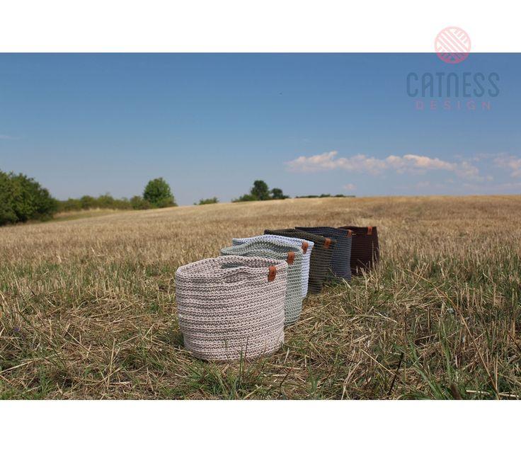 Hand-crocheted basket B116 medium grey | CatnessDesign