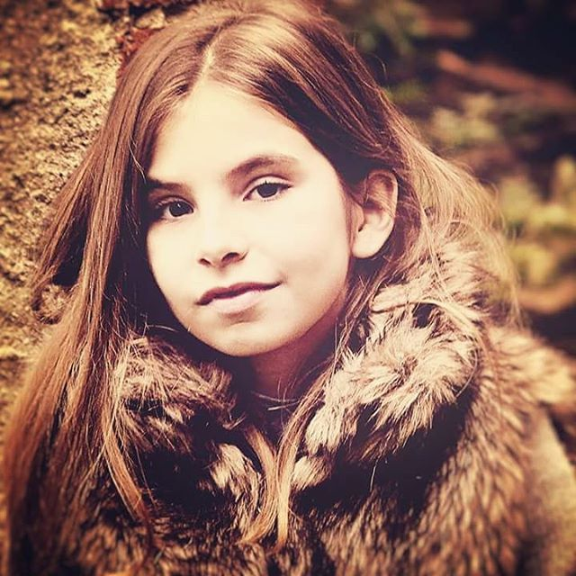 ©Magda Smużniak #portret #girl #childrenphoto #childphotography #portraiture #best_portraits #smile #ig_kids #color