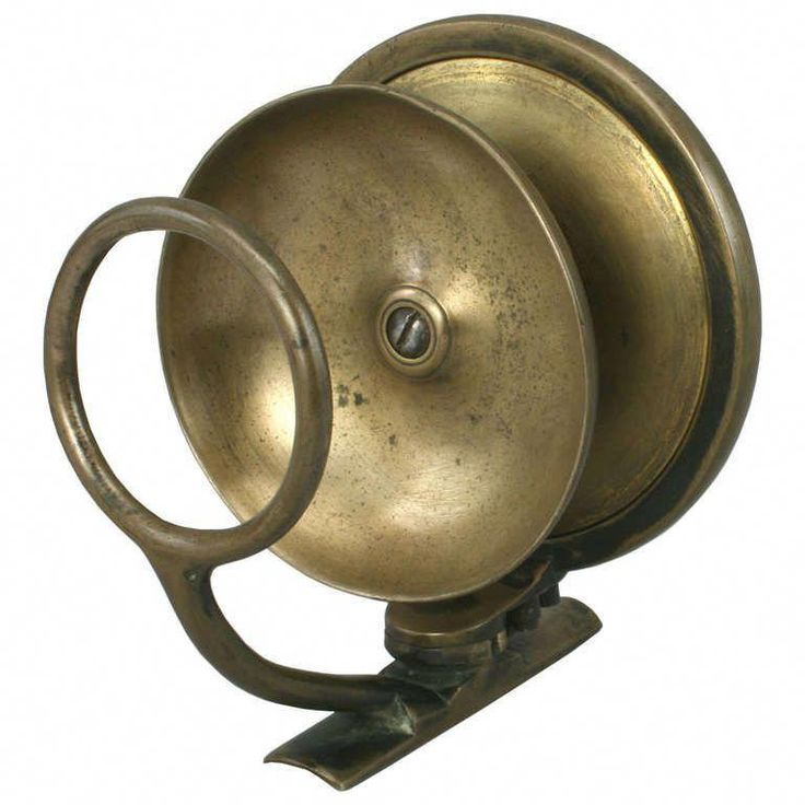 Antique/ Vintage fishing reel by Malloch of Perth. at