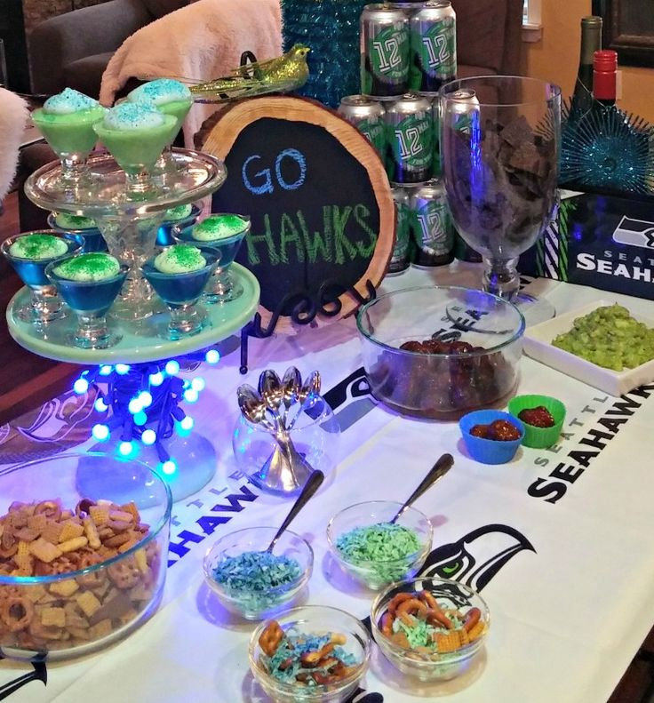Check out these ideas for throwing a Seahawks Party on a budget! There are a number of affordable snack & recipe ideas to throw a party  for just $25 for 12 people, using food & drinks from Grocery Outlet.