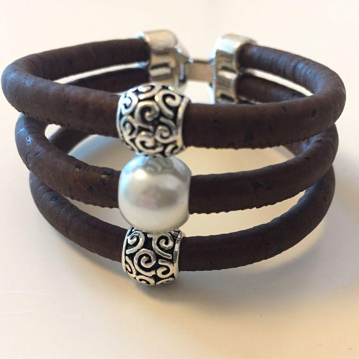 Feestelijke armband van kurk