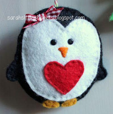Felt penguin for Altoids Tin