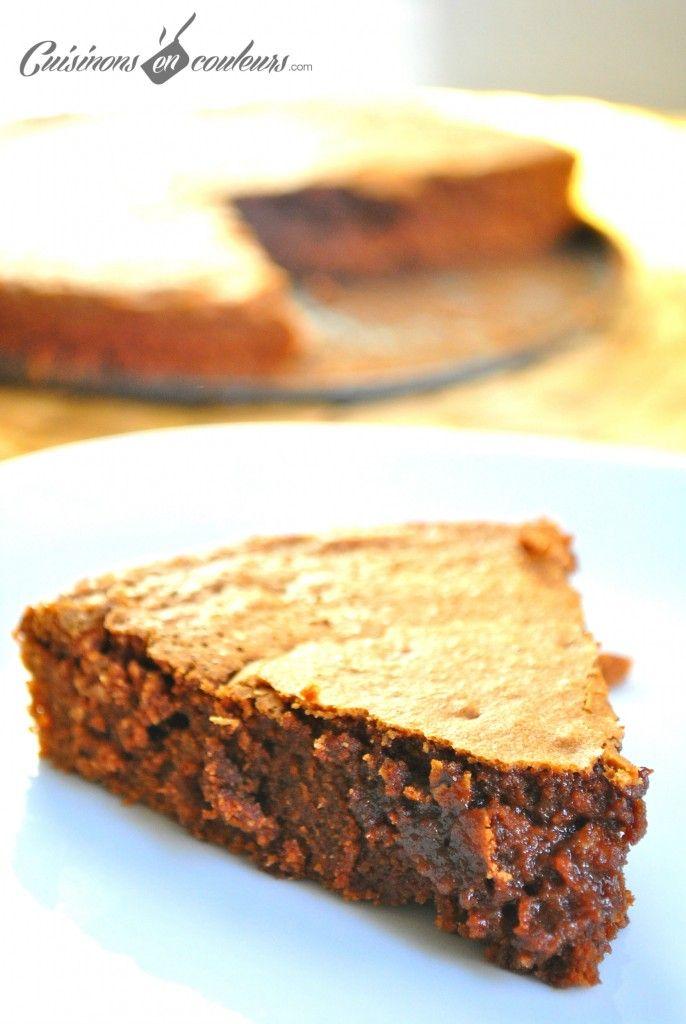 Gâteau au Chocolat de Cyril Lignac  120g de beurre 200 g de chocolat noir 150g de sucre 4 oeufs 80g de farine T45