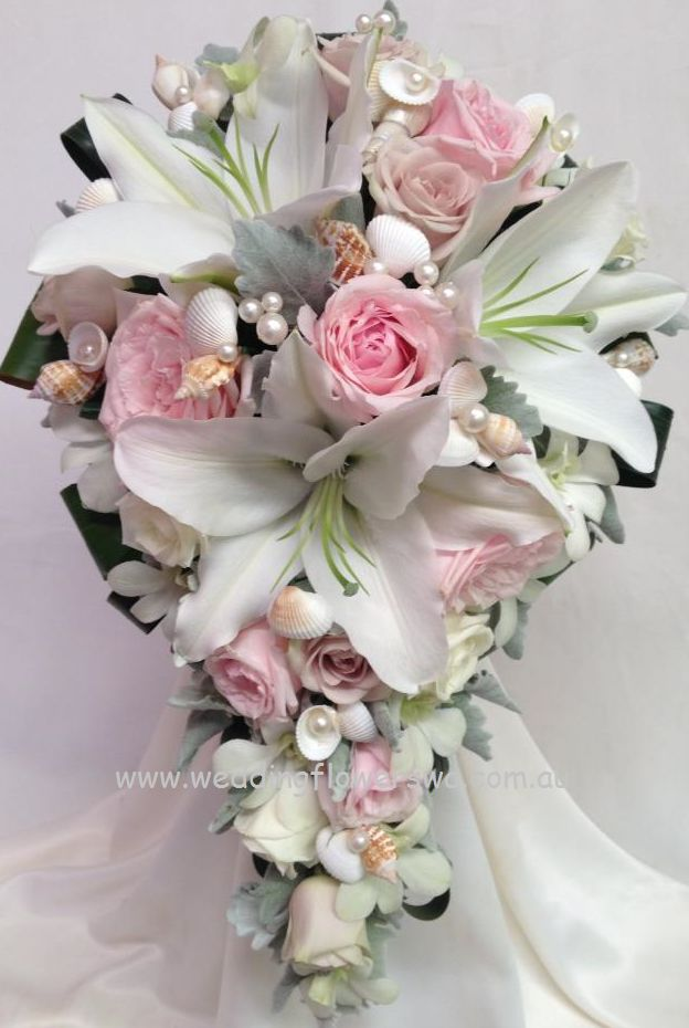 3rd Place in the Flowers to Carry category: Willetton Wedding Flowers