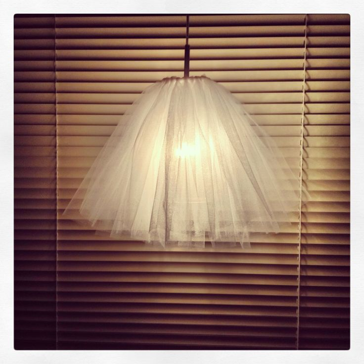 Tulle lamp fönsterlampa