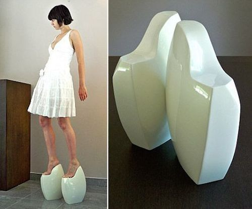 Statue Shoes : 15 Bizarre-Looking Shoes Nobody Should Ever Wear | TOAT