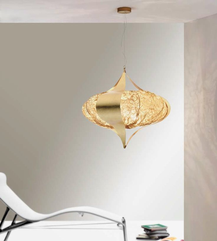 Amon: Pendant lamp with middle brass mesh diffuser and outside gold leaf decorated bands