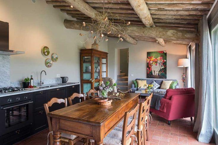 Casa Emilio. Montestigliano Farmhouse | Photo © Francesca Pagliai  [Kitchen - Cucina]