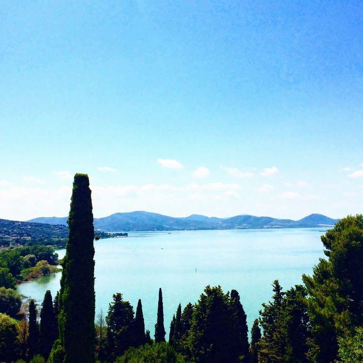Panorama sul lago #AlTrasimeno foto di @ladyzeta