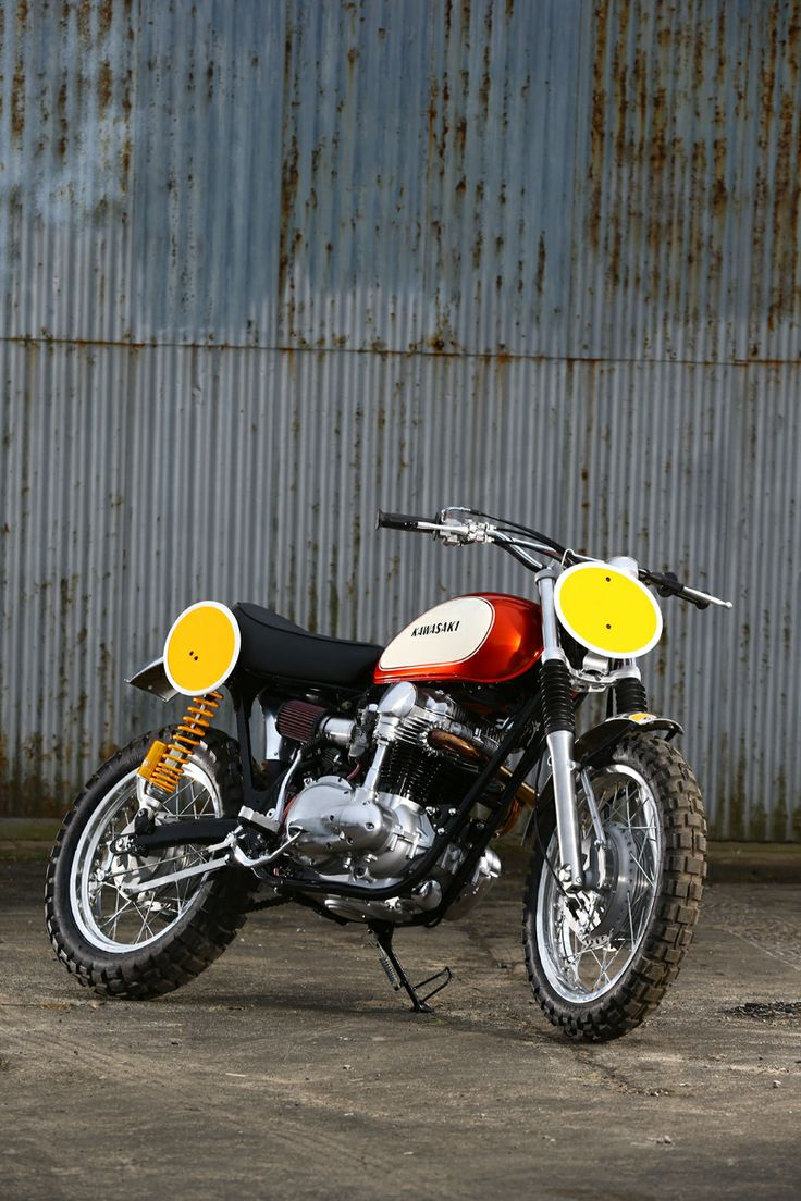 The base bike was a 1980 xs650 in a very poor state cylinders where - Even Tv Stars And Retired Former Race Aces Aren T Immune To The Project Bike