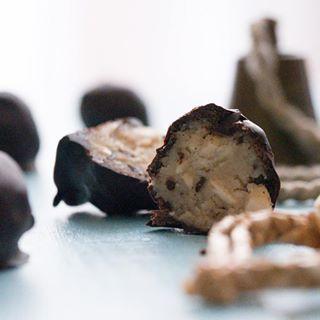 Marcipánové kuličky #gaps #paleo #vanoce #cukrovi #nepecene #kulicky #recept #zivakultura #bezlepku #bezcukru